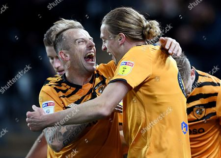 Tom Eaves of Hull City celebrates with Kamil Grosicki after scoring his side's first goal