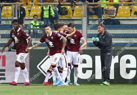 Torino's Andrea Belotti (2-R) celebrates with his teammates after converting a penalty for the 1-2 lead goal during the Italian Serie A soccer match Parma Calcio vs Torino FC at the Ennio Tardini stadium in Parma, Italy, 30 September 2019.