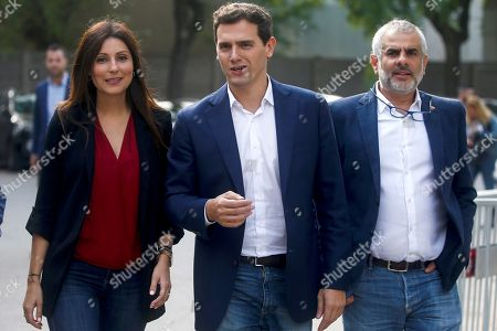 Ciudadanos (Citizens) party's leader Albert Rivera (C), the party's Spokeswoman, Lorena Roldan (L), and Ciudadanos' leader at Catalan Parliament, Carlos Carrizosa (R), arrive at Catalan regional Parliament in their way to attend a meeting of the party's regional parliamentary group in Barcelona, Spain, 01 October 2019. The meeting is held a day after Ciudadanos filed a non-confidence motion against Catalan regional President Joaquim Torra (unseen).