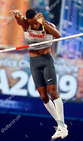 Raphael Holzdeppe of Germany competes in the men's Pole Vault final during the IAAF World Athletics Championships 2019 at the Khalifa Stadium in Doha, Qatar, 01 October 2019.