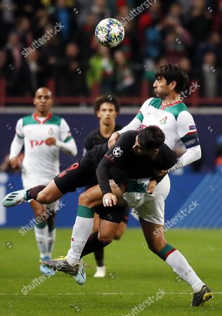 Vedran Corluka (R) of Lokomotiv Moscow in action against Alvaro Morata of Atletico Madrid during the UEFA Champions League match between Lokomotiv Moscow and Atletico Madrid in Moscow, Russia, 01 October 2019.