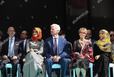 Hatice Cengiz (L-2), the fiancee of murdered Saudi journalist Jamal Khashoggi, CEO of Amazon Jeff Bezos (L), Yemeni Nobel Prize winner Tawakkol Karman (R) and participants attend  an event marking marks one-year anniversary of the assassination of Saudi dissident journalist Jamal Khashoggi  in Istanbul, Turkey, 02 October 2019. Saudi dissident journalist Jamal Khashoggi, whose remains have not been found, was assassinated at the Saudi Arabian consulate building in Istanbul on 02 October 2018.