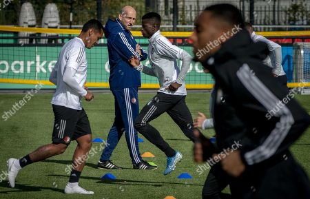 Jaap Stam (C), head coach of Feyenoord, attends a training session in Rotterdam, the Netherlands, 02 October 2019. Feyenoord will face FC Porto in their UEFA Europa League group G soccer match on 03 October 2019.
