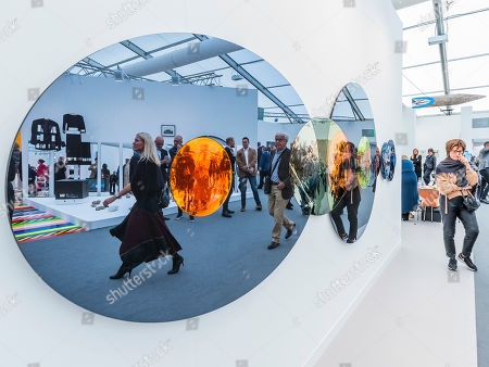 Stock Picture of Rendezvous with a Flare by Olafur Eliasson in the Tanya Bonakdar Gallery
