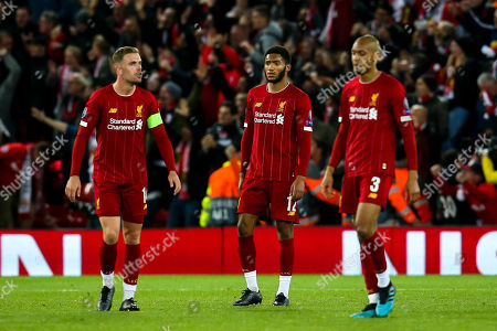 Jordan Henderson, Joe Gomez and Fabinho of Liverpool cut dejected figures- Mandatory by-line: Robbie Stephenson/JMP