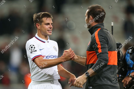Cesar Azpilicueta of Chelsea and Chelsea manager Frank Lampard celebrate the victory after Lille OSC vs Chelsea, UEFA Champions League Football at Stade Pierre-Mauroy on 2nd October 2019