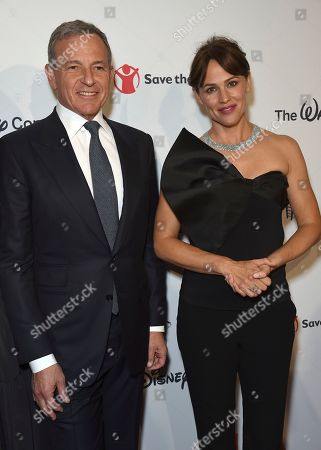 "Robert Iger, Jennifer Garner. Disney CEO Robert Iger, left, and Jennifer Garner arrive at the Save the Children ""Centennial Celebration: Once in a Lifetime"" event, at The Beverly Hilton Hotel in Beverly Hills, Calif"