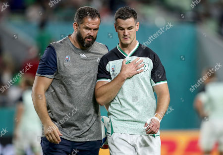 Ireland vs Russia. Ireland defence coach Andy Farrell with Jonathan Sexton ahead of the game