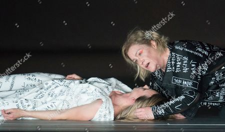 Alice Coote as Orpheus, Sarah Tynan as Eurydice