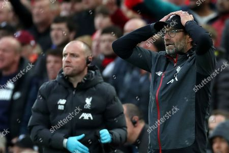 Reaction from Liverpool Manager Jurgen Klopp after Mohamed Salah of Liverpool is injured