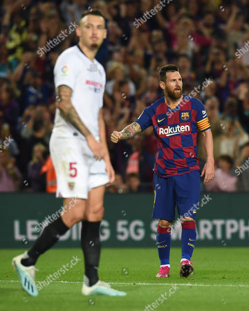 Lionel Messi of FC Barcelona clelebrates his goal (4-0)