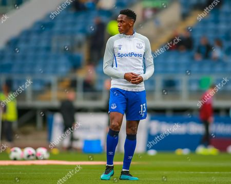 5th October 2019, Turf Moor, Burnley, England; Premier League, Burnley v Everton : Yerry Mina (13) of Everton in warm up
