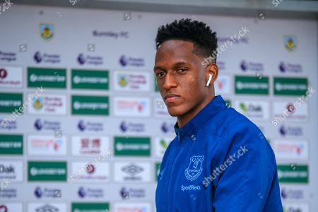 5th October 2019, Turf Moor, Burnley, England; Premier League, Burnley v Everton : Yerry Mina (13) of Everton arrives at Turf Moor