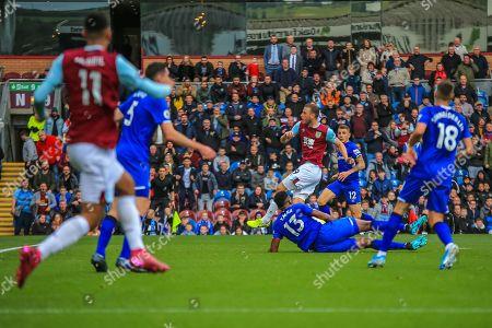 5th October 2019, Turf Moor, Burnley, England; Premier League, Burnley v Everton : Chris Wood (9) of Burnley shoots at goal Credit: Craig Milner/News Images