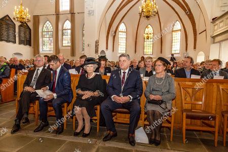 Princess Beatrix during the memorial meeting in the Oude Kerk