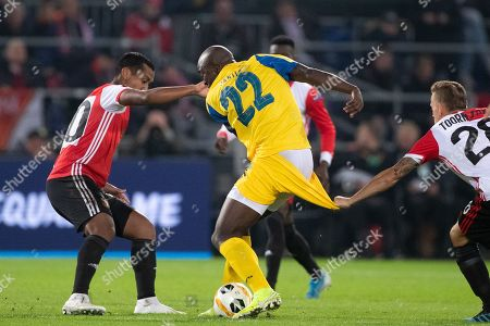 (L to R) Renato Tapia of Feyenoord Rotterdam, Danilo Pereira of FC Porto and Jens Toornstra of Feyenoord Rotterdam during the UEFA Europa League group G match Feyenoord Rotterdam vs FC Porto in Rotterdam, The Netherlands, 03 October 2019.