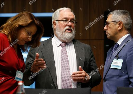 (L-R) Spanish People's Party member Carmen Crespo Diaz, European Commissioner for Climate Action and Energy, Miguel Arias Canete, and Spanish Strate secretary in charge of Environment, Hugo Moran Fernandez, at the start of the Environment Council meeting in Luxembourg, 04 October 2019. EU environment ministers will hold a policy debate on the EU's strategic long-term vision for a climate neutral economy.