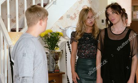Ep 9897 Wednesday 16th October 2019 - 1st Ep As Faye struggles to look after Lily and Harry, while Shona Ramsey, as played by Julia Goulding, and Sarah Platt, as played by Tina O'Brien, are out for birthday drinks, Max Turner, as played by Harry McDermott, arrives home in a filthy mood. Shona and Sarah return home to find Max and Lily rowing over the telly. Suddenly there's a crash and Harry is knocked unconscious so Shona calls an ambulance.