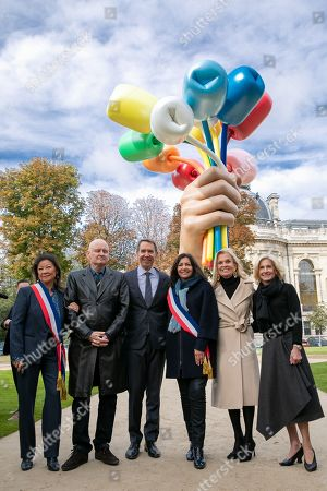 Stock Photo of Jeanne D'Hautessere Mayor of Paris 8, Christophe Girard Deputy Culture at the Paris City Hall, Jeff Koons, Anne Hidalgo, Mayor of Paris, Jane D. Hartley, Ambassador of the United States of America in France and Jamie McCourt.