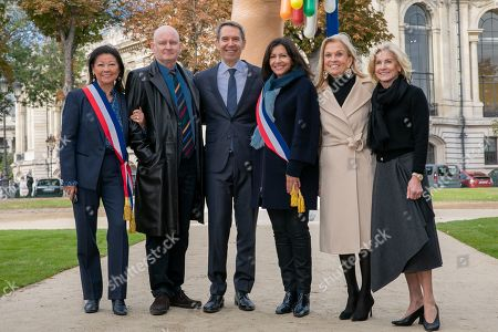 Stock Picture of Jeanne D'Hautessere Mayor of Paris 8, Christophe Girard Deputy Culture at the Paris City Hall, Jeff Koons, Anne Hidalgo, Mayor of Paris, Jane D. Hartley, Ambassador of the United States of America in France and Jamie McCourt.