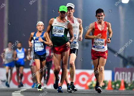 Diego Garcia (R) of Spain competes during the men's 20km Race Walk event of the IAAF World Athletics Championships 2019 at the Al Corniche Water Front in Doha, Qatar, 04 October 2019.