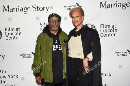 """Spike Lee, Tonya Lewis Lee. Filmmaker Spike Lee, left, and wife Tonya Lewis Lee attend the """"Marriage Story"""" premiere during the 57th New York Film Festival at Alice Tully Hall, in New York"""