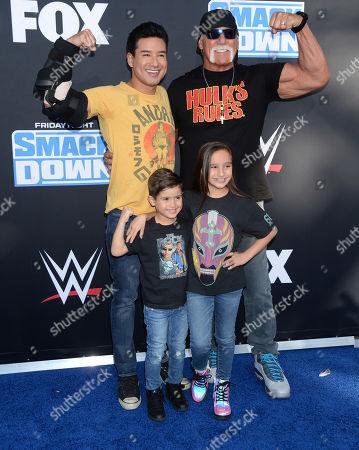 Mario Lopez with his children and Hulk Hogan