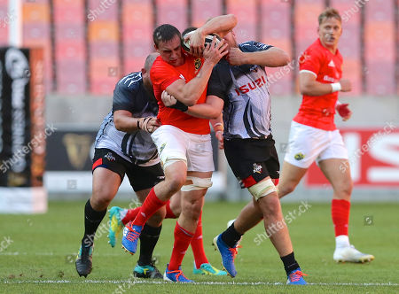 Isuzu Southern Kings vs Munster. Tommy O'Donnell of Munster