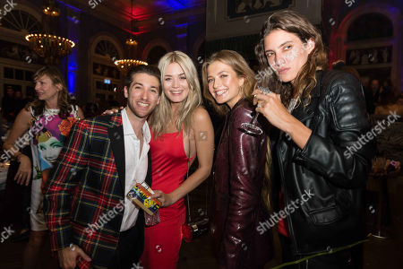 Justin Jesso, Dominique Rinderknecht, Zoe Pastelle Holthuizen, Tamy Glauser and guest