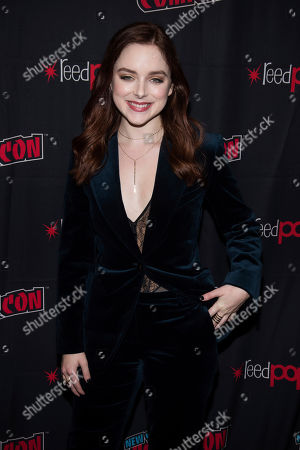 """Madison Davenport attends New York Comic Con to promote Hulu's """"Reprisal"""" at the Jacob K. Javits Convention Center, in New York"""