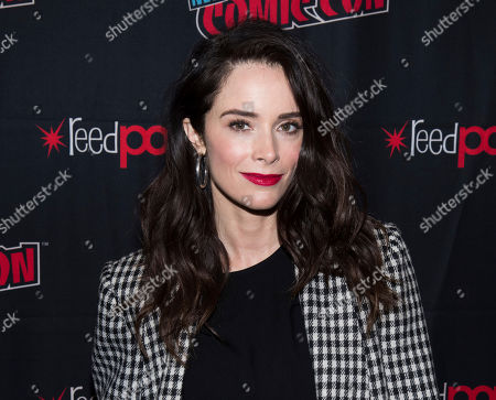 """Abigail Spencer attends New York Comic Con to promote Hulu's """"Reprisal"""" at the Jacob K. Javits Convention Center, in New York"""