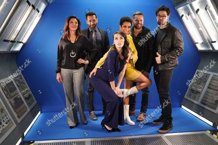 Stock Image of Shohreh Aghdashloo, Cas Avnar, Cara Gee, Dominique Tipper, Wes Chatham and Steven Strait