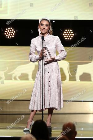 Stock Image of Jenna Johnson speaks at the 2019 American Humane Hero Dog Awards at The Beverly Hilton, in Beverly Hills, Calif. The 2019 American Humane Hero Dog Awards airs October 21, at 8pm ET/PT on Hallmark Channel