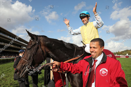 , Paris Longchamp, Villa Marina with Olivier Peslier up after winning the Prix de l'OpŽra at ParisLongchamp racecourse, France. Photo GALOPPFOTO/Racingfotos.com 06.10.2019, Paris Longchamp, Villa Marina with Olivier Peslier up after winning the Prix de l'Op? at ParisLongchamp racecourse, France.