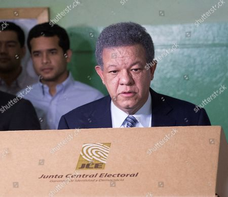 Leonel Fernandez, presidential candidate by the Dominican Liberation Party, casts his vote in the primary elections in Santo Domingo, the Dominican Republic, 06 October 2019.
