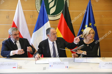 Agriculture ministers of the Weimar Triangle (L-R) Poland?s Jan Krzysztof Ardanowski, Frence?s Didier Guillaume and Germany?s Julia Kloeckner attend their meeting in Warsaw, Poland, 07 October 2019.  The Weimar Triangle group consist of Germany, Poland and France and meets on a regular basis to discuss on cooperation in various fields.