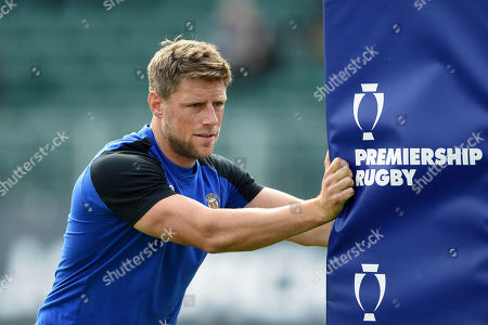 Rhys Priestland of Bath Rugby looks on during the pre-match warm-up