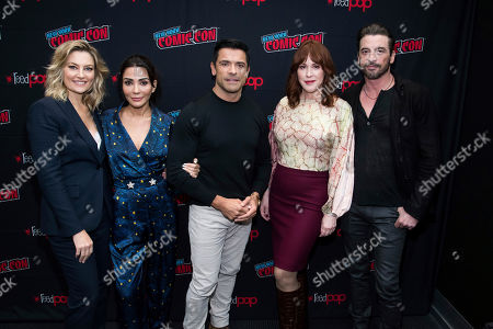 """Stock Picture of Marisol Nichols, Molly Ringwald, Mark Consuelos, Skeet Ulrich, Madchen Amick. Madchen Amick, left, Marisol Nichols, Mark Consuelos, Molly Ringwald and Skeet Ulrich attend New York Comic Con to promote The CW's """"Riverdale"""" at the Jacob K. Javits Convention Center, in New York"""