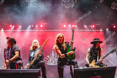 Ryan Roxie, bassist, Alice Cooper, Nita Strauss and Tommy Henrik
