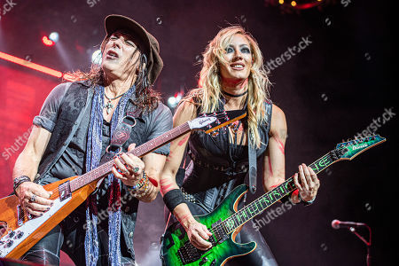 Ryan Roxie, Nita Strauss