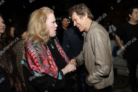 Celia Weston and Willem Dafoe