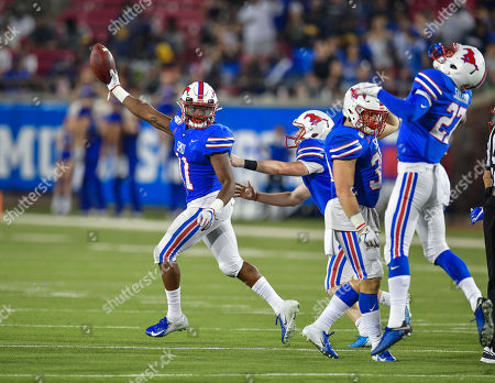 Southern Methodist Mustangs cornerback Chevin Calloway (11) recovers a fumble during an NCAA Football game between the Tulsa Golden Hurricanes and SMU Mustangs at the Gerald J. Ford Stadium in Dallas, Texas, Oct. 5th, 2019