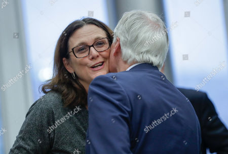 European Commissioner for Trade Cecilia Malmstrom (L) and European Union chief Brexit negotiator Michel Barnier attend the weekly college meeting of the European Commission in Brussels, Belgium, 09 September 2019.