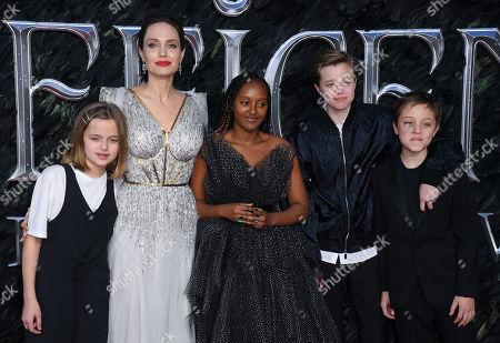 Vivienne Jolie-Pitt, Angelina Jolie, Zahara Jolie-Pitt, Shiloh Jolie-Pitt and Knox Leon Jolie-Pitt