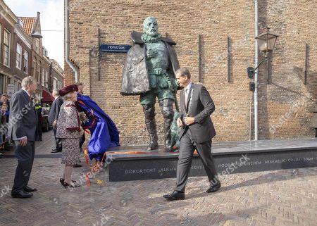 Stock Image of Princess Beatrix during the unveiling of a statue of Willem van Oranje in Dordrecht