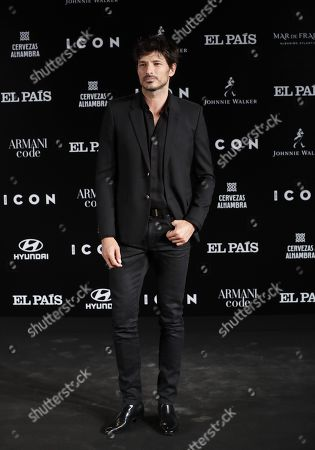 Andres Velencoso poses for the media during the ICON awards gala held at Spanish Royal Tapestry Factory in Madrid, Spain, 09 October 2019. The event was organized by Spanish magazine ICON.
