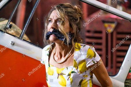 Natalie Zea as Robin Parker