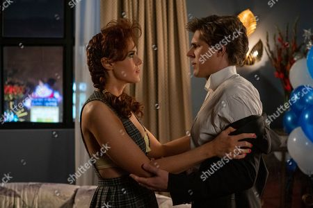 Stock Picture of Kate Nash as Rhonda Richardson and Chris Lowell as Bash Howard