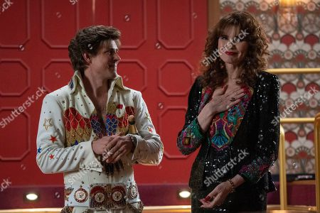 Chris Lowell as Bash Howard and Geena Davis as Sandy Devereaux St. Clair