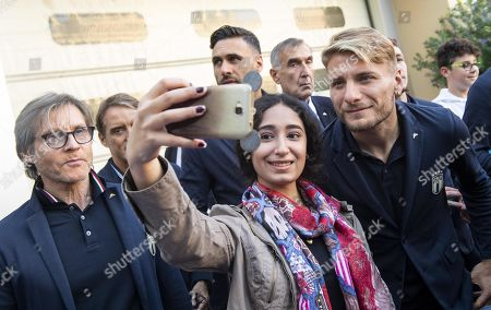 Italy's forward Ciro Immobile takes a selfie during the Italian national soccer team visit at the 'Bambino Gesu' pediatric hospital in Rome, Italy, 10 October 2019.